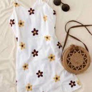 SHEIN Embroidered Floral Split Hem Cami Dress